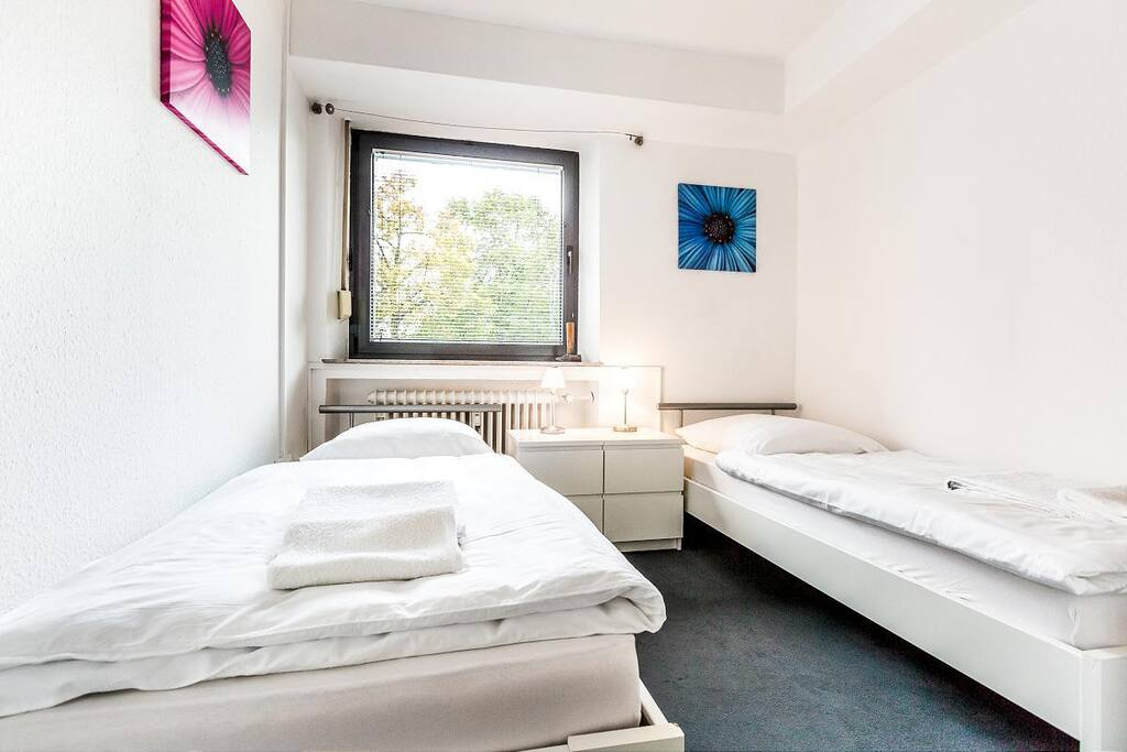 Schlafzimmer 2/ sleepingroom 2