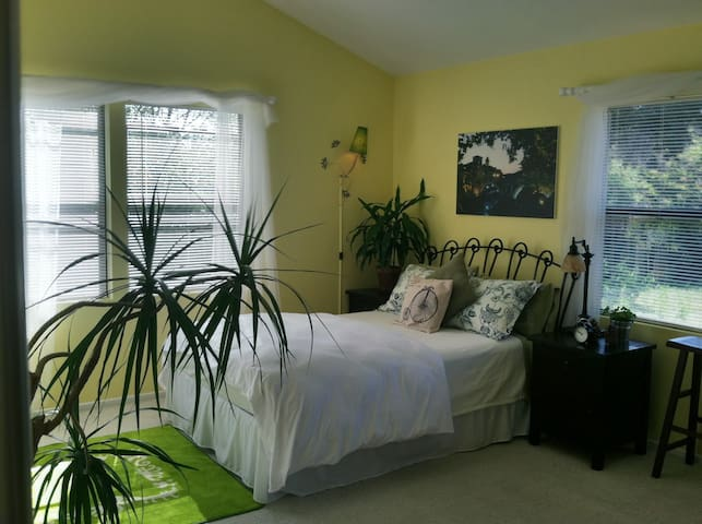 Your Hideaway - Studio Apartment - Sycamore - Goleta - Flat