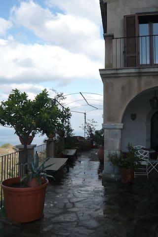 Villa Gelsonero - Savoca - Willa