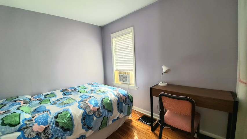 Bedroom with private bath- Great location!