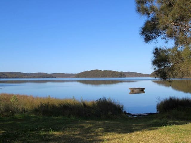 The Lake Escape near Forster