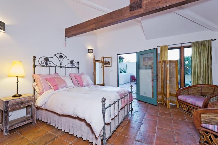 Guest Suite Ten minutes to beach - Malibu - House