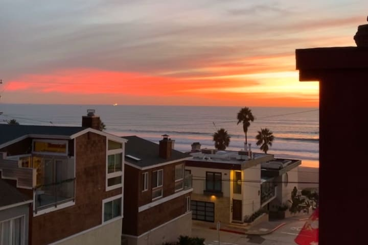 Charming unit steps from the beach