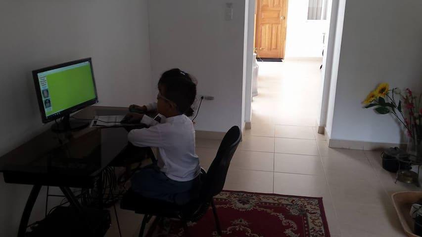 computadora y wifi