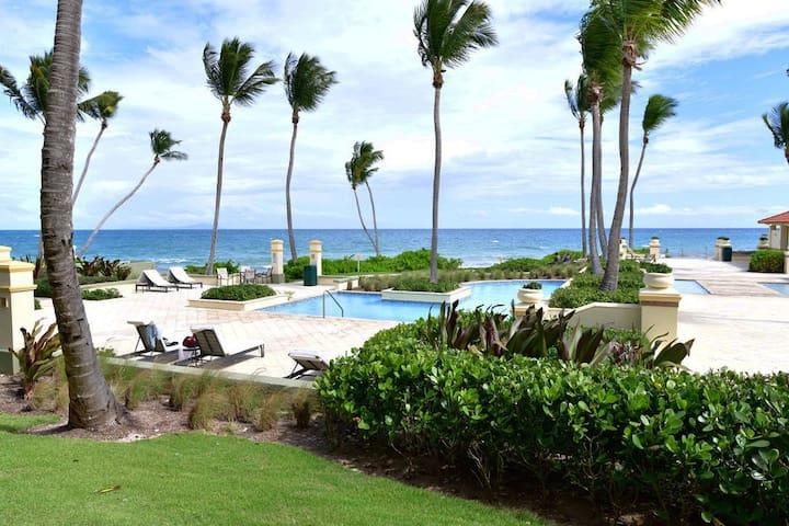 Perfect Condo, Pool and Beach Front Palmas Del Mar
