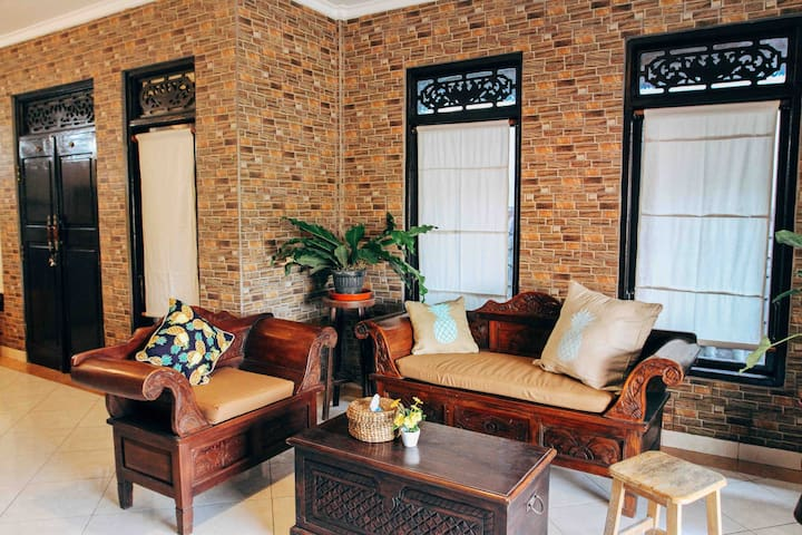 Wayan House Bidadari Seminyak - 2 Bedroom units