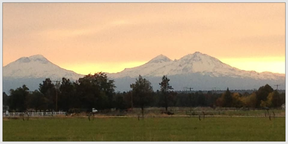 Central Oregon Farm,  Awesome Views - Terrebonne - Talo