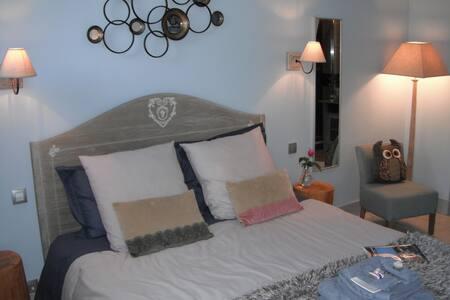 Le Brame - chambre la Chouette - Avilly-Saint-Léonard