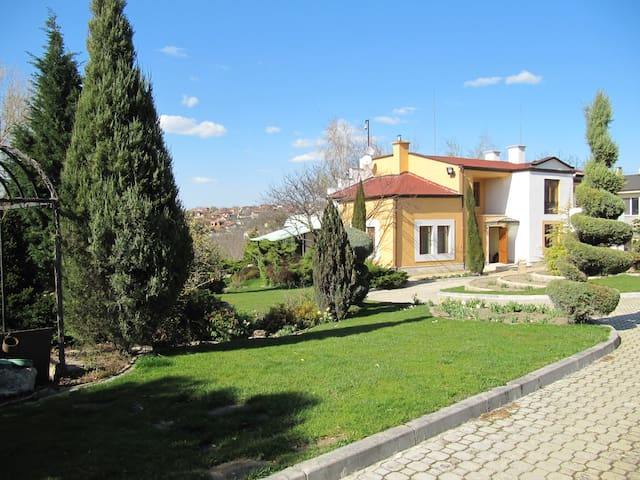 Villa Sunset - Priseltsi - House