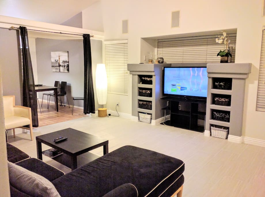 **Newly renovated! New Modern tiled floors and painted accent wall