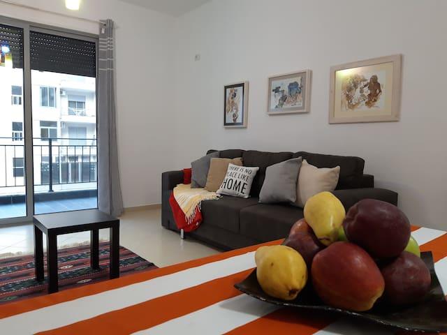 Taste of the  mediterranean- Artist 's Apartment
