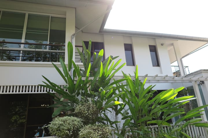 Spacious House on  Large Property - Hang Dong - Huis