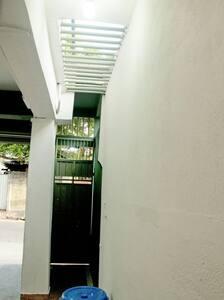 Rajagiriya Room - Sri Jayawardenepura Kotte