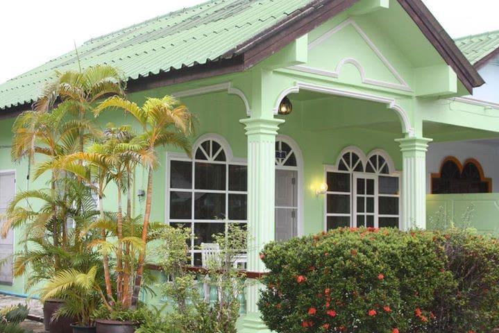 Karon beach bungallow