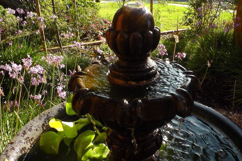 The tinkling of the fountain is calming....