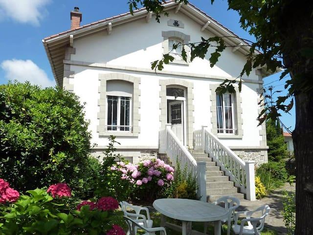 RENTY - Hendaye - Haus