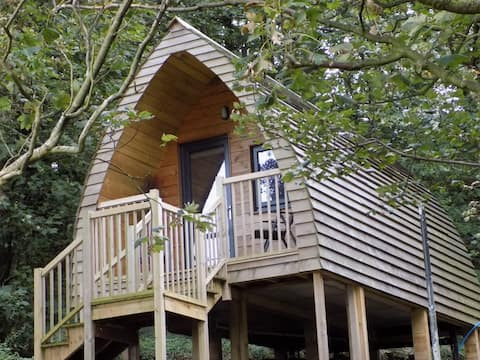Luxury Woodland Glamping Pod Heaves Wood - Tahn