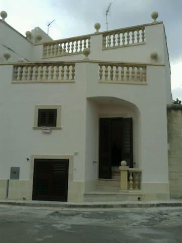 Casa antica a pochi minuti dal mare