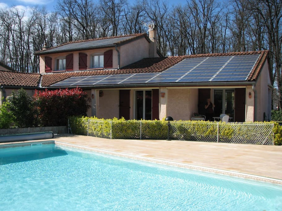 Entre bois et piscine houses for rent in colomiers midi for Mypiscine colomiers