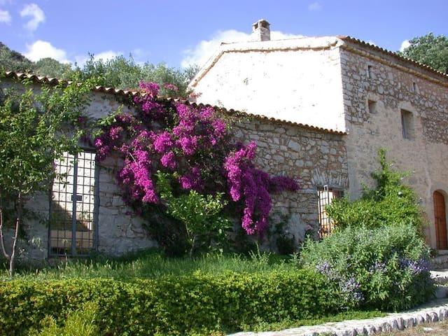 I Fienili: Casale 1763 - Capocroce - บ้าน