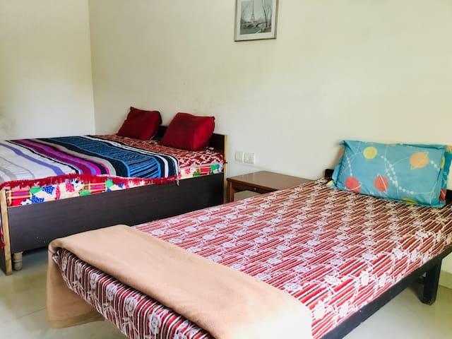 Uttam Bedroom-2 Private Room @Sohna Road Gurugram