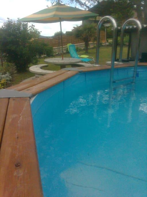 Maison gite avec piscine houses for rent in saint santin - Gite avec piscine aveyron ...