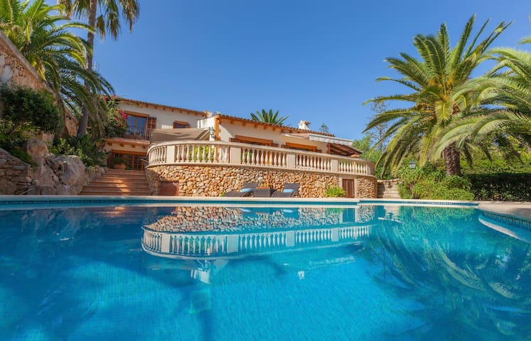 Beautiful villa in a privileged location-Cala Bona - Son Servera - Villa