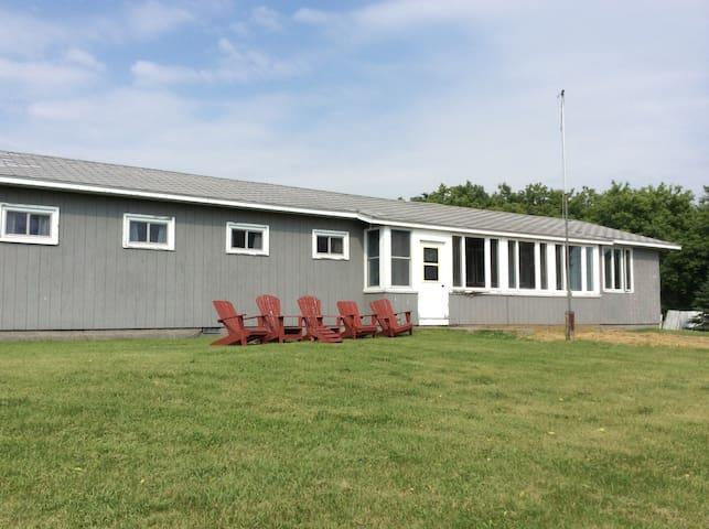 (URL HIDDEN) Ontario/Salmon Riv - Chaumont - Casa de camp