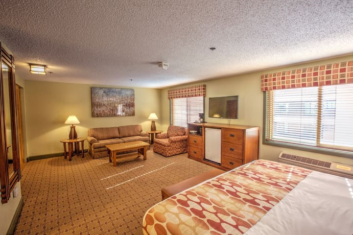 Conveniently Located Deluxe Room for Incredible Value