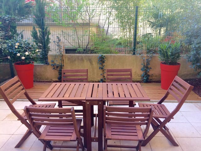 STUDIO25M2+TERRASSE PARIS VINCENNES