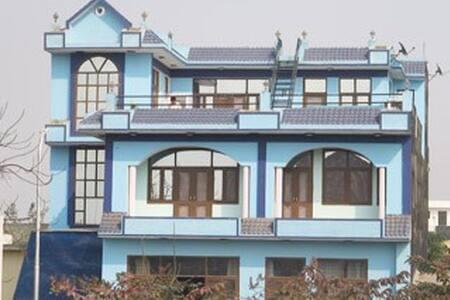 BalaJi Dormitory (Low budget accommodation) - Greater Noida