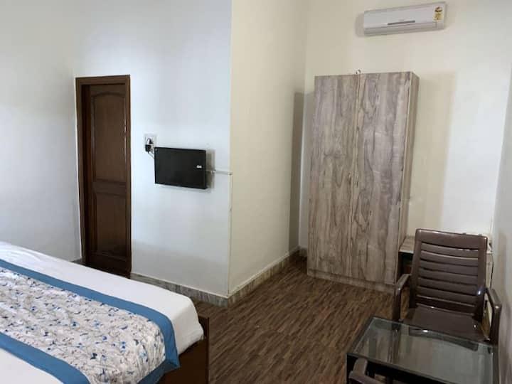Corbett Ambience Resort-Standard Room