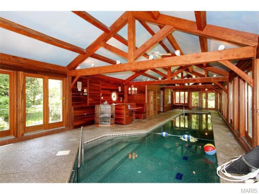 Rambling Ranch Private Indoor Pool Houses For Rent In Ballwin Missouri United States