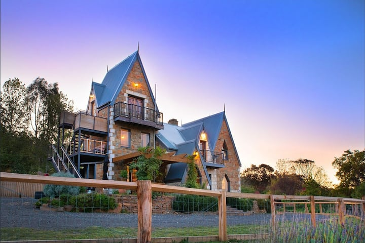 Hidden Gem on Harmony - A Magical Stone Cottage
