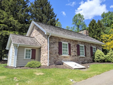 Quiet,Country Church, sleeps 2-4, Lancaster Co, PA