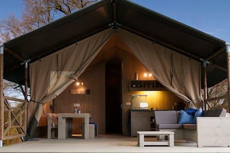 luxe 6 persoons safaritent op de Veluwe - Voorthuizen