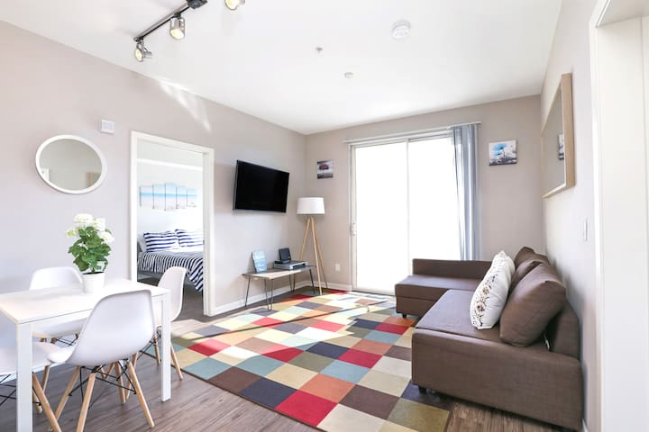 Beautiful 2bedroom 2bath in amazing location!