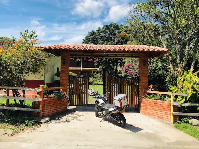Finca el CEDRO, Charalá - Colombia