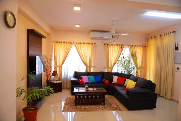 Teresa Plaza Serviced Appartment 1 - Kottayam - Lägenhet