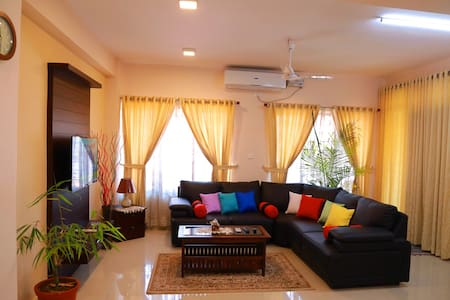 Teresa Plaza Serviced Appartment 1 - Kottayam - Apartemen