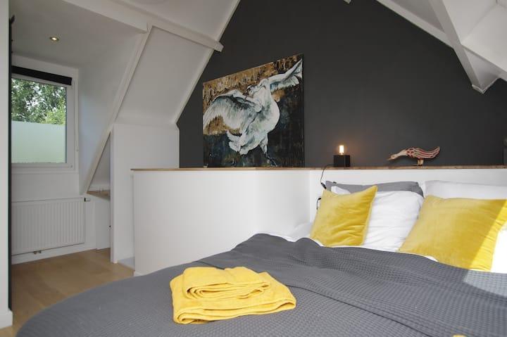 """Nieuw! Guesthouse """"Het Atelier"""" vlak bij het water"""