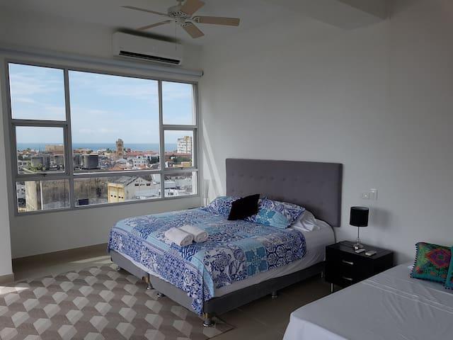 Dormitorio con vistas al Centro