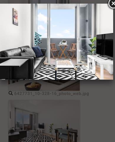 Private room in top floor cozy unit w/free wifi