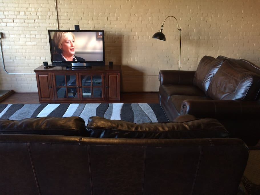 Cable television and WiFi included.