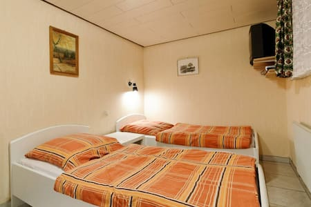 2 x 1 Gästezimmer  - Buchhorst - Apartment