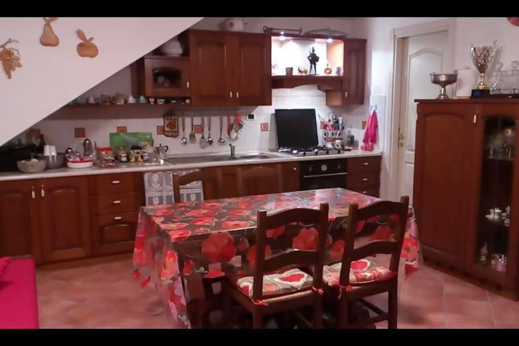 zona cucina-tinello