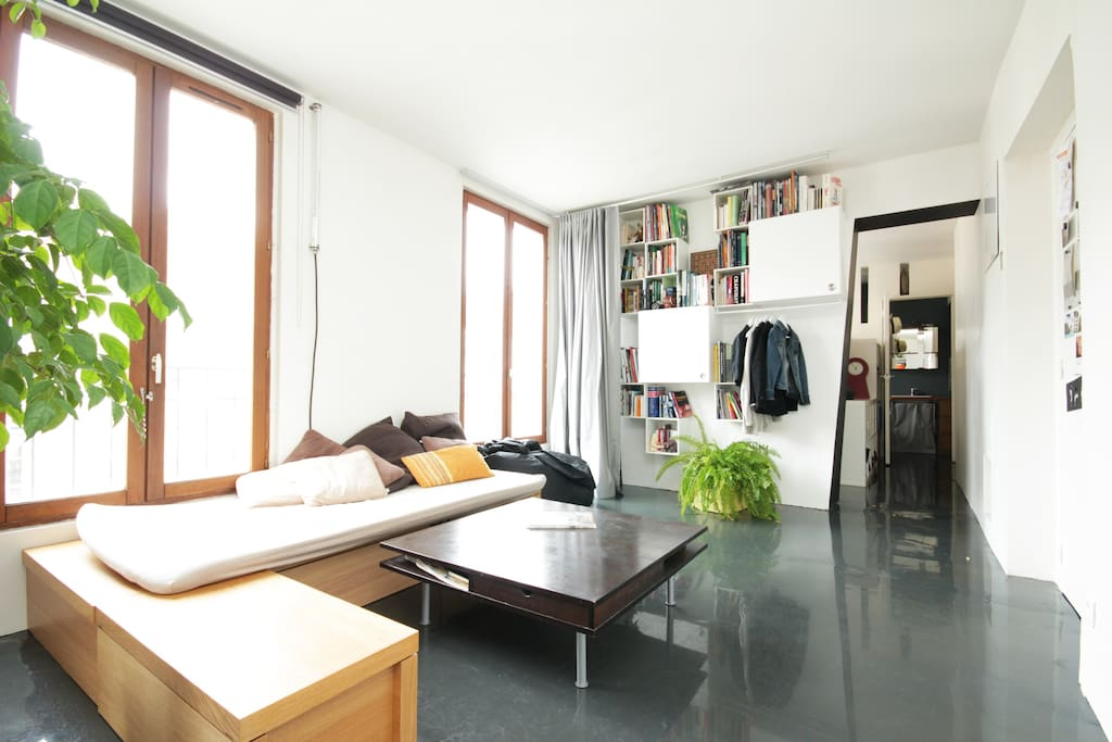 appartement d 39 architecte mairie 18 appartements louer paris le de france france. Black Bedroom Furniture Sets. Home Design Ideas