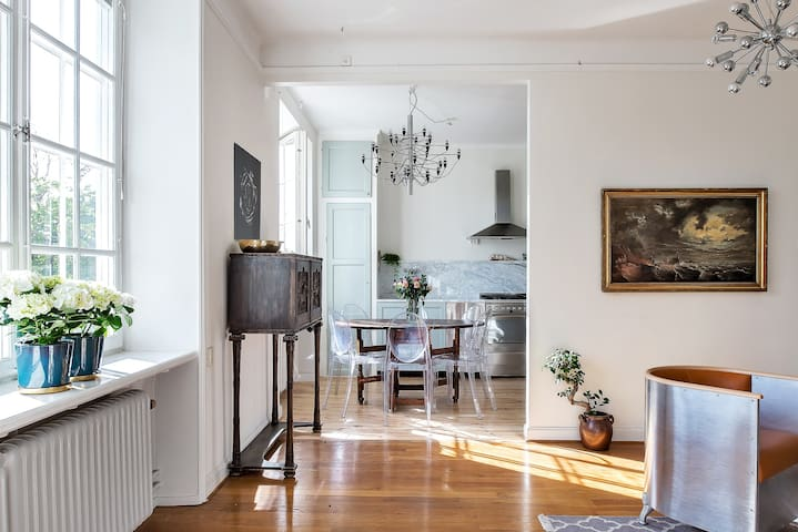Beautiful and cozy apartment, close to everything - Stockholm - Apartment