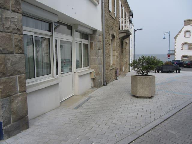 Bel appartement trois pièces à deux pas de la mer - Сен-Пьер-Киброн - Квартира