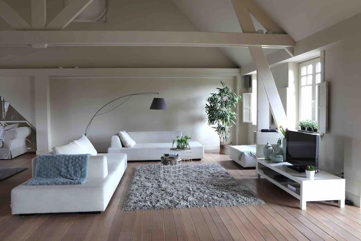 The Loft  Luxueuze grote moderne Loft
